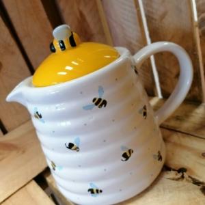 Ceramic 4 Cup Worker Bee Tea Pot